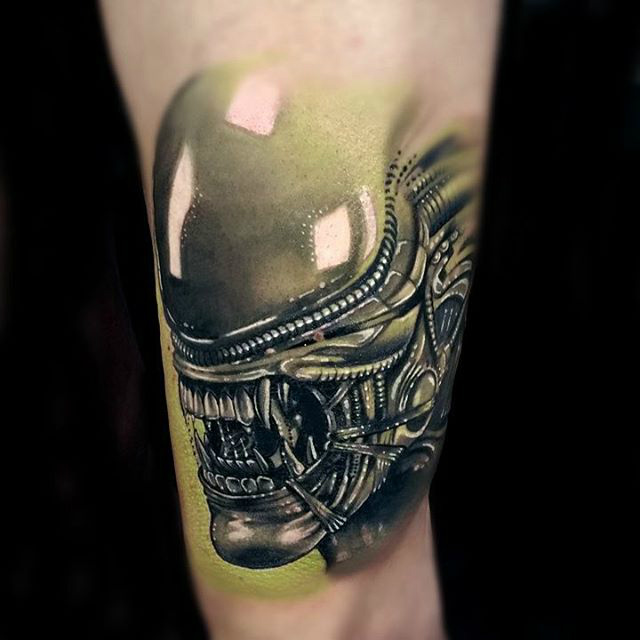 alien tattoo close-up