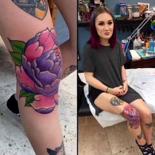 Female Knee Tattoo