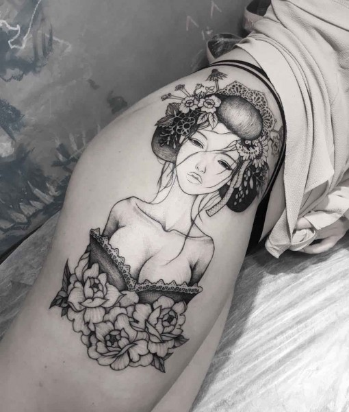 hip tattoo girl geisha