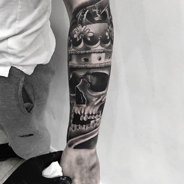 half sleeve tattoo skull king