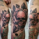 Skull Tattoo on Knee