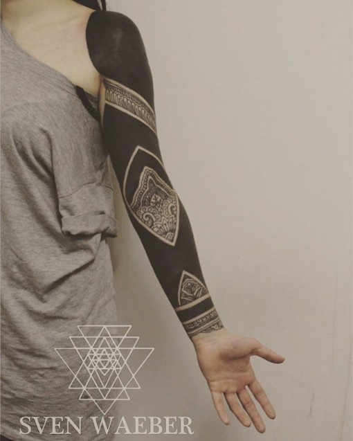 arm tattoo sleeve blackwork