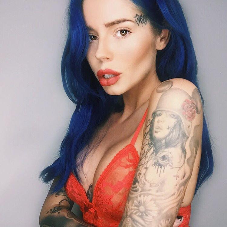 Ellis Cooper shoulder tattoo