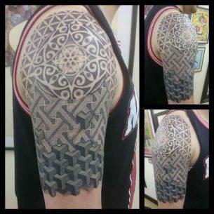 Tattoo Dotwork Shoulder Ornament