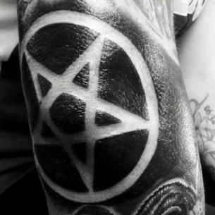 Tattoo Pentagram
