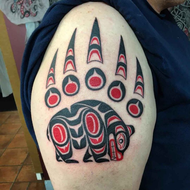 maori shoulder tattoo animalistic