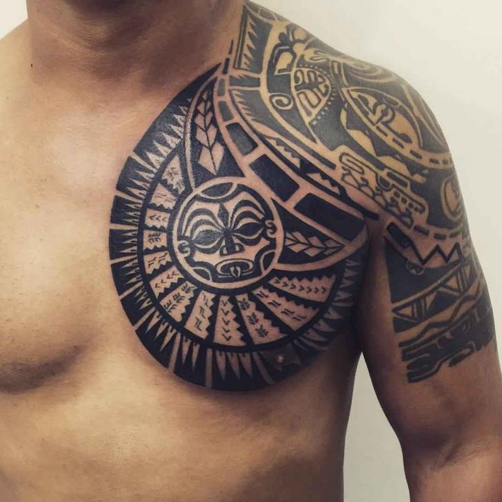 Tatuagem Maori: Maori Chest Tattoo Designs