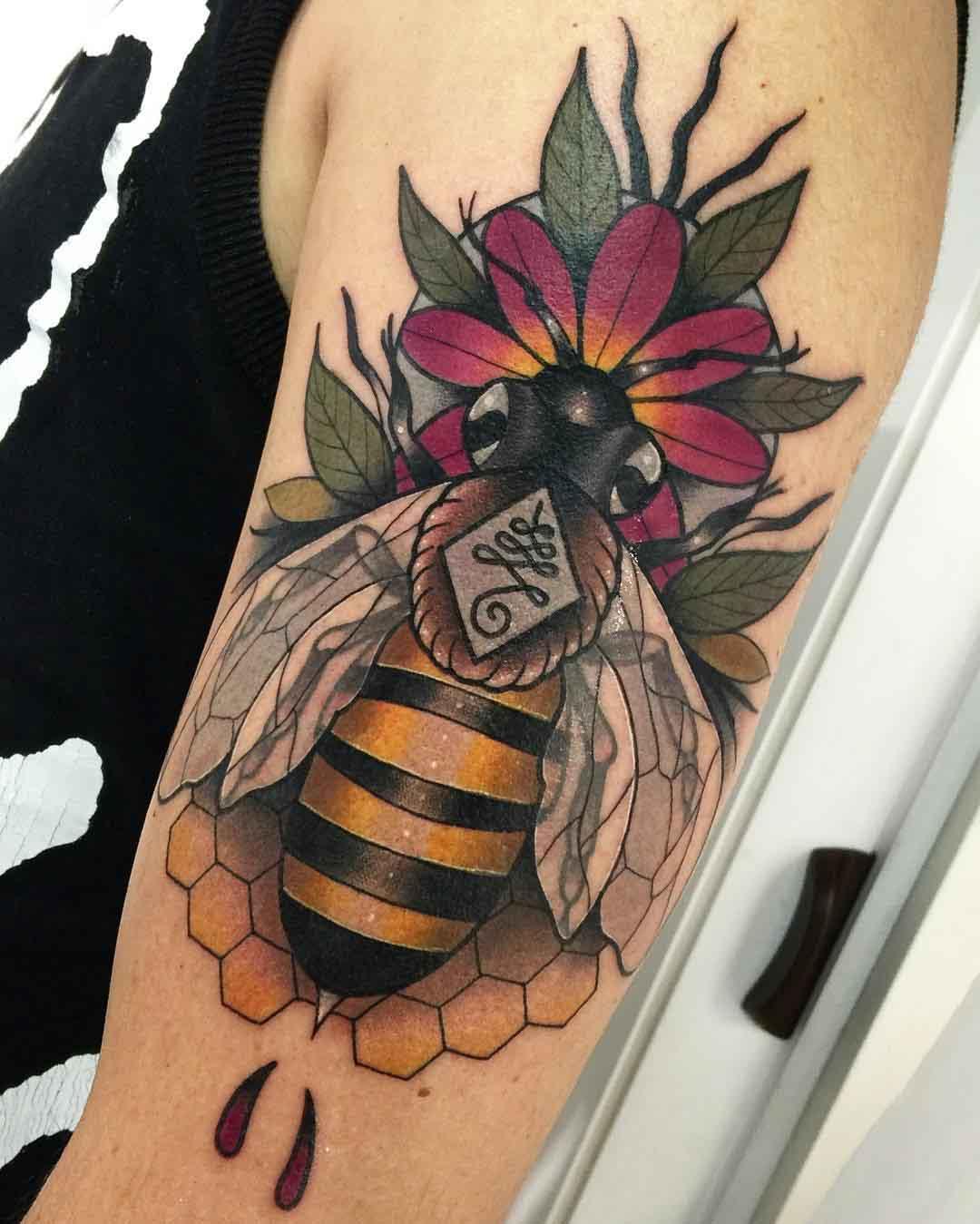 shoulder tattoo bee