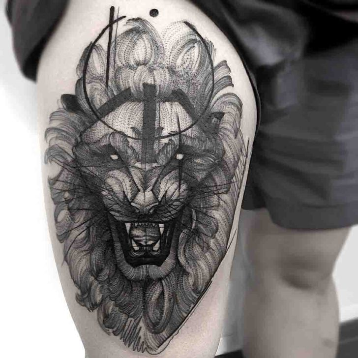 amazing lion tattoo on thigh