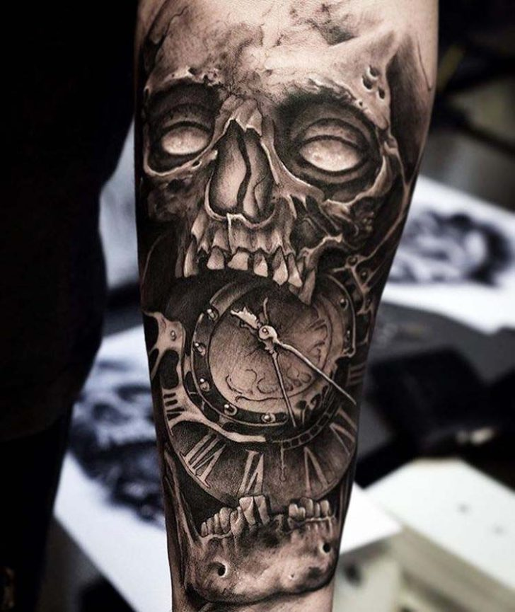Grey skull tattoo clockface best tattoo ideas gallery for Black and grey tattoo designs