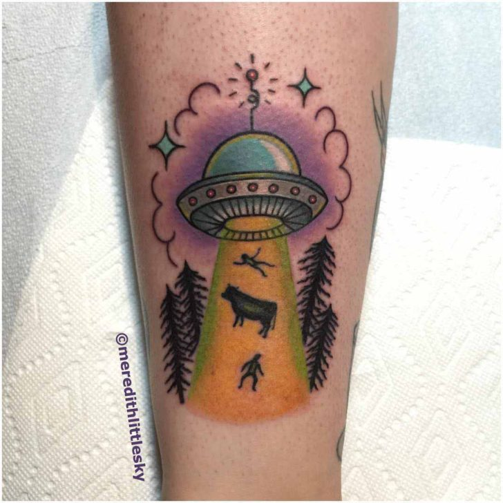 saucer UFO tattoo