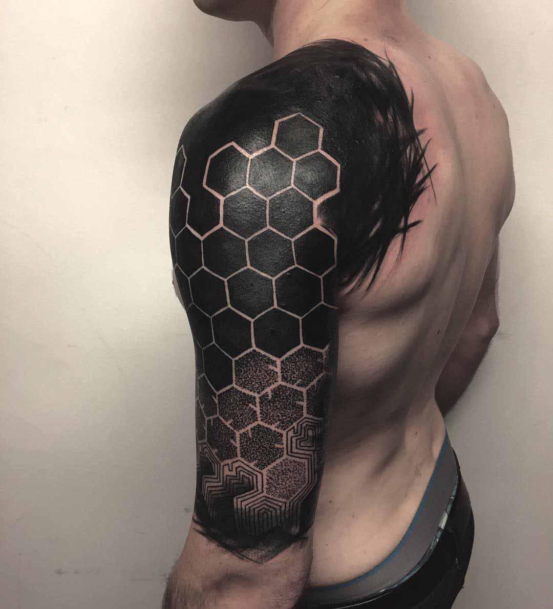 shoulder tattoo blackwork tattoo honeycomb pattern