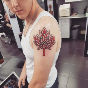 Celtic Knot Tattoo Leaf of Shoulder