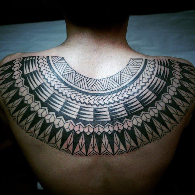 upper back tribal tattoo shoulder blades collar