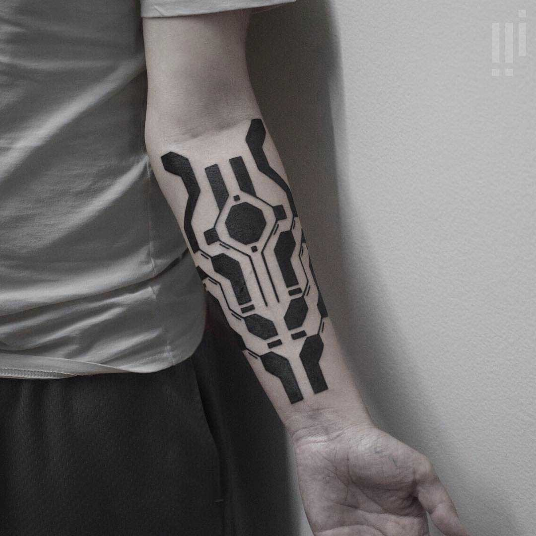 blackworck tattoo on arm geometrical