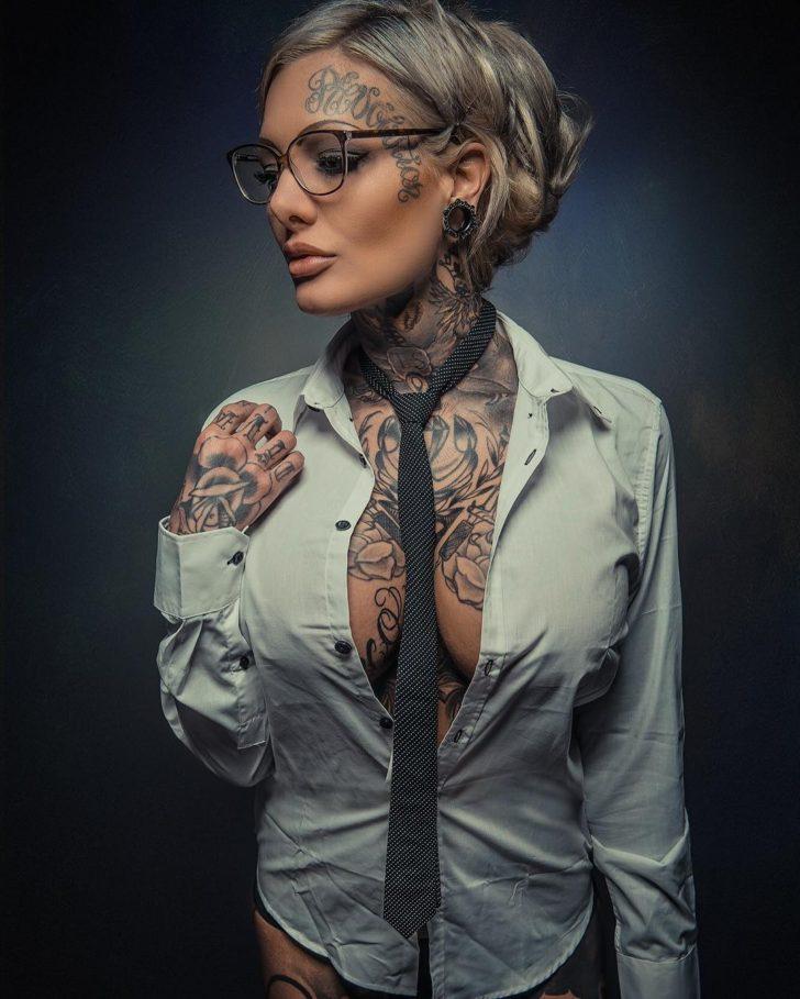 inked girl Mara Inkperial