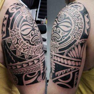 Shoulder Polynesian Tattoo