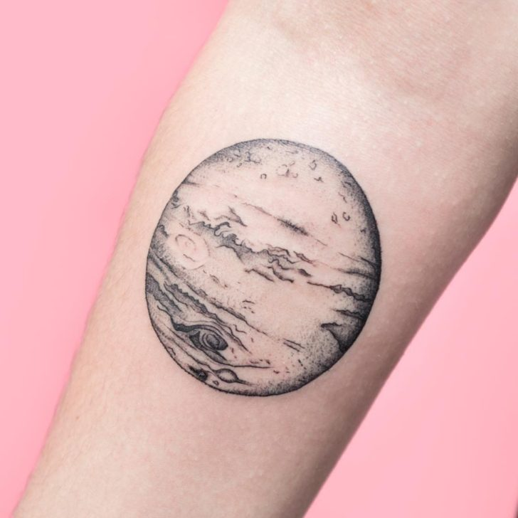 Black and Grey Venus Tattoo by goncalvezttt