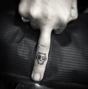 Skull Finger Tattoo
