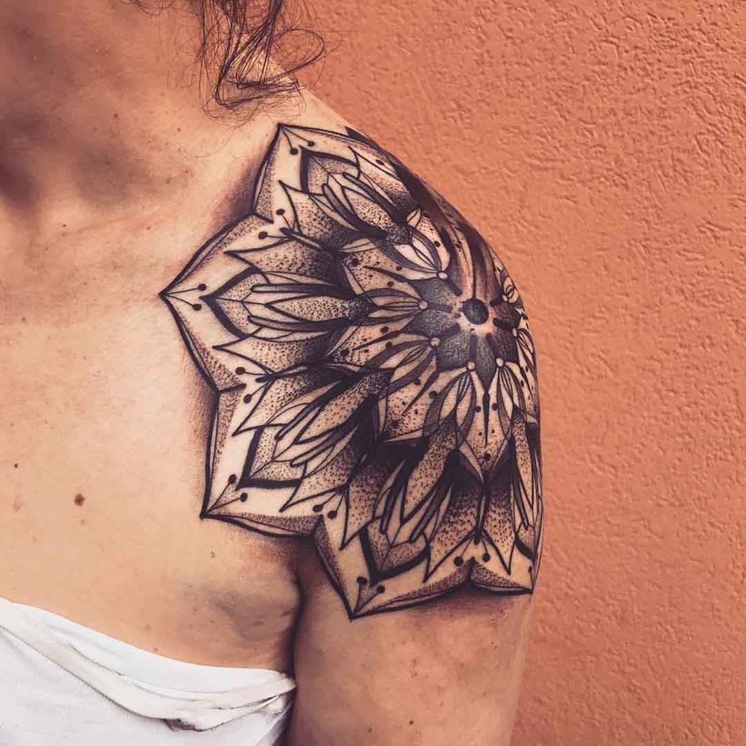shoulder tattoo maldala