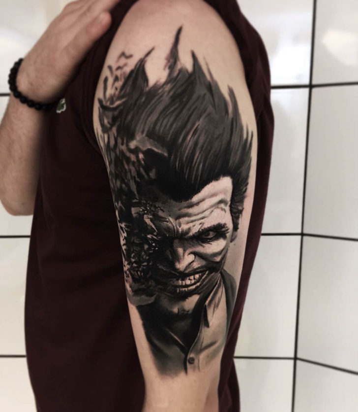shoulder tattoo Joker