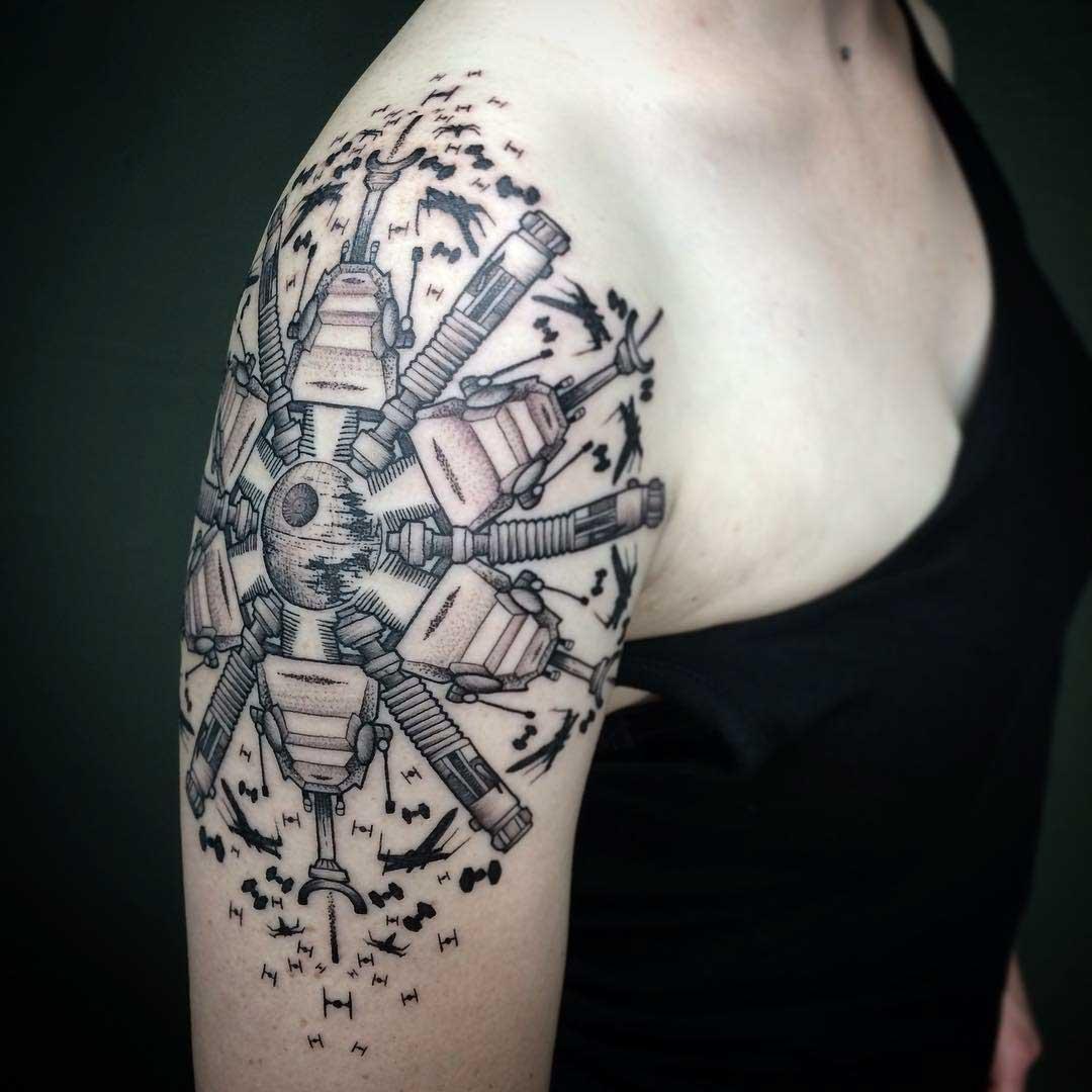 Shoulder Tattoo Death Star buttle