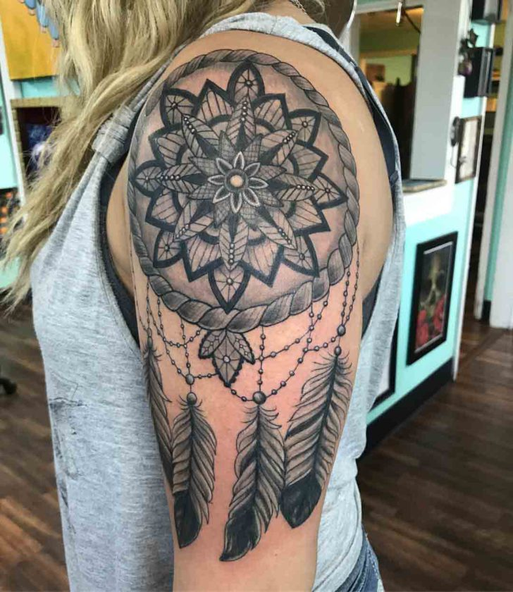 shoulder tattoo dreamcatcher