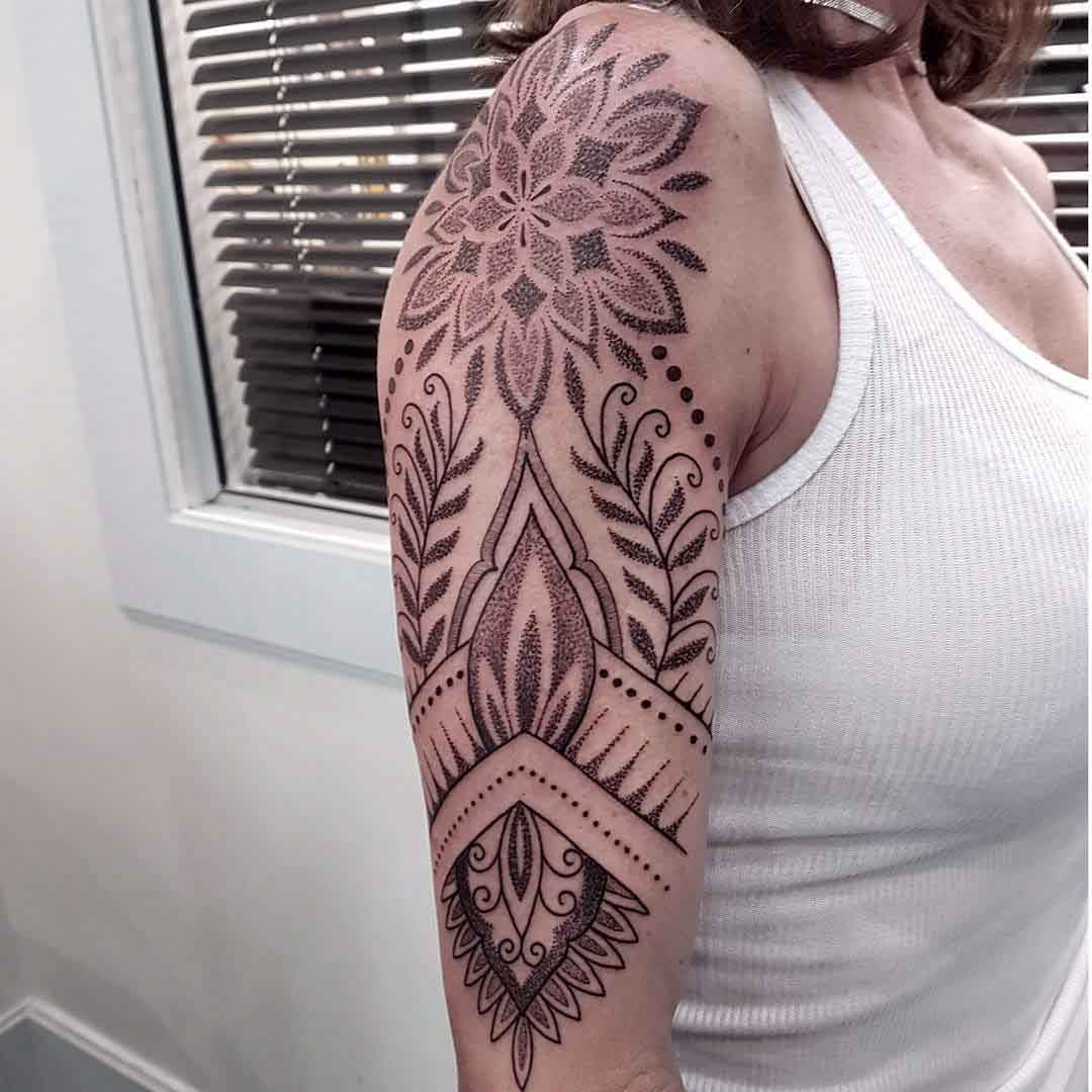 shoulder dotwork tattoo