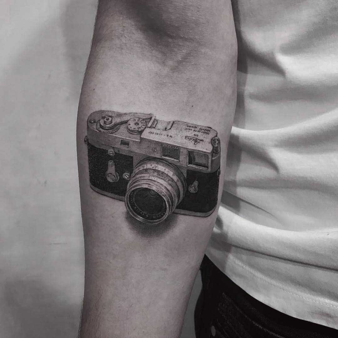 arm tattoo leica m2