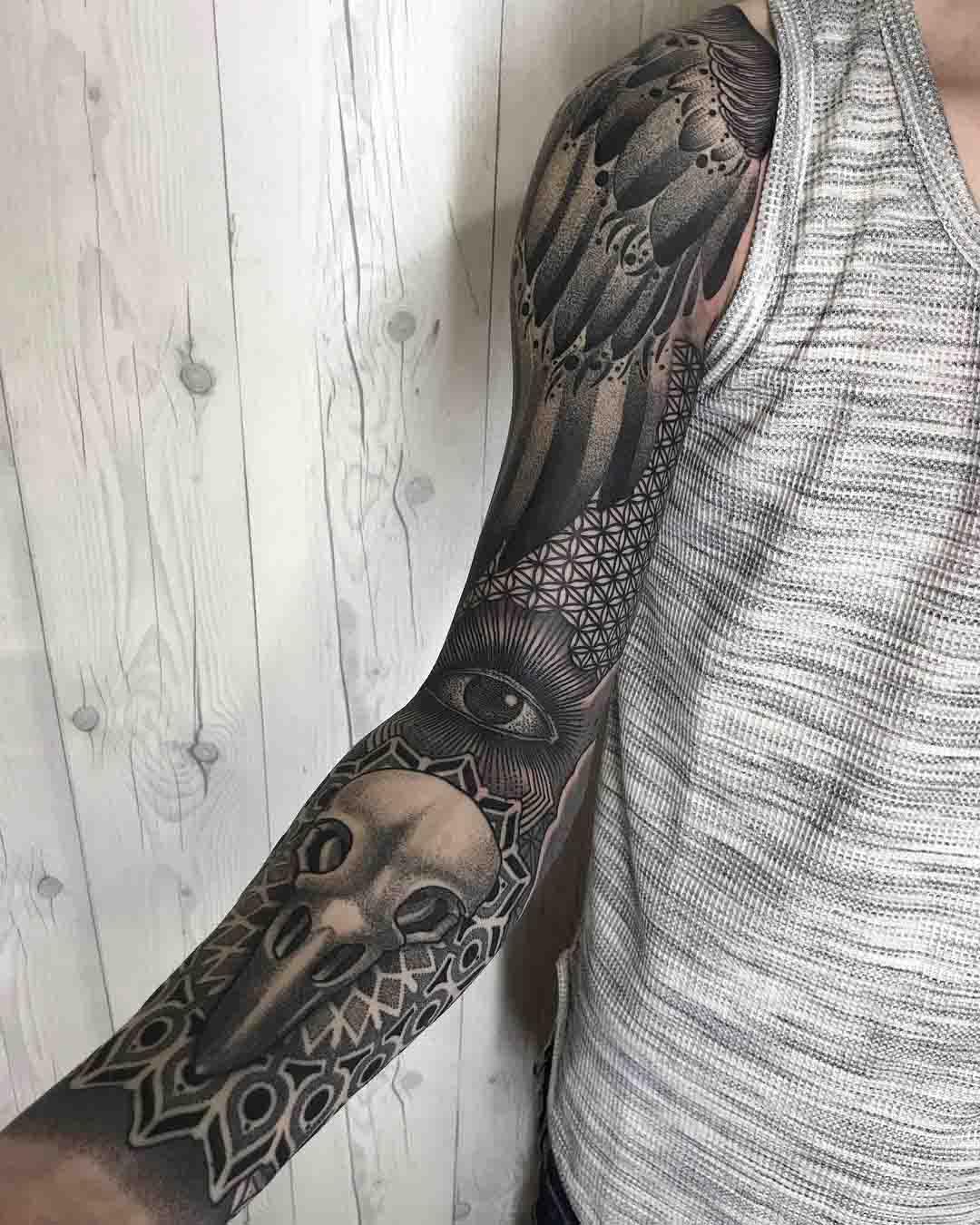 tattoo sleeve dotwork style