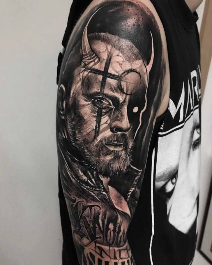 shoulder tattoo captain flint