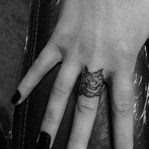 Rose Finger Tattoo