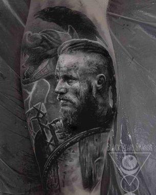 Vikings Tattoo Ragnar Lodbrok
