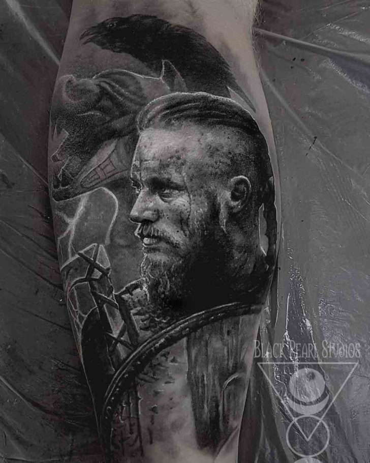 Ragnar Lodbrock Vikings Tattoo