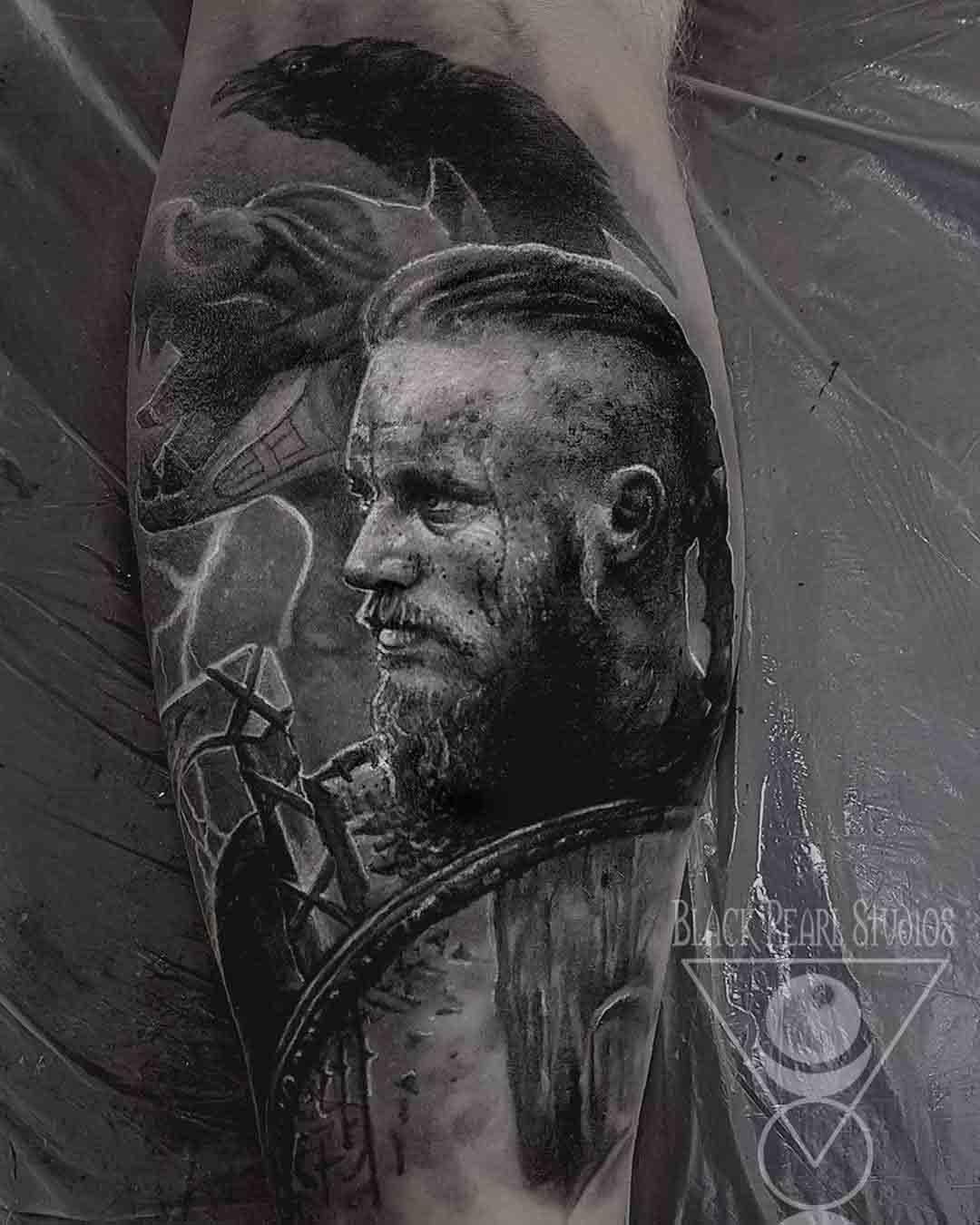 Ragnar Lodbrock Vikings Tattoo