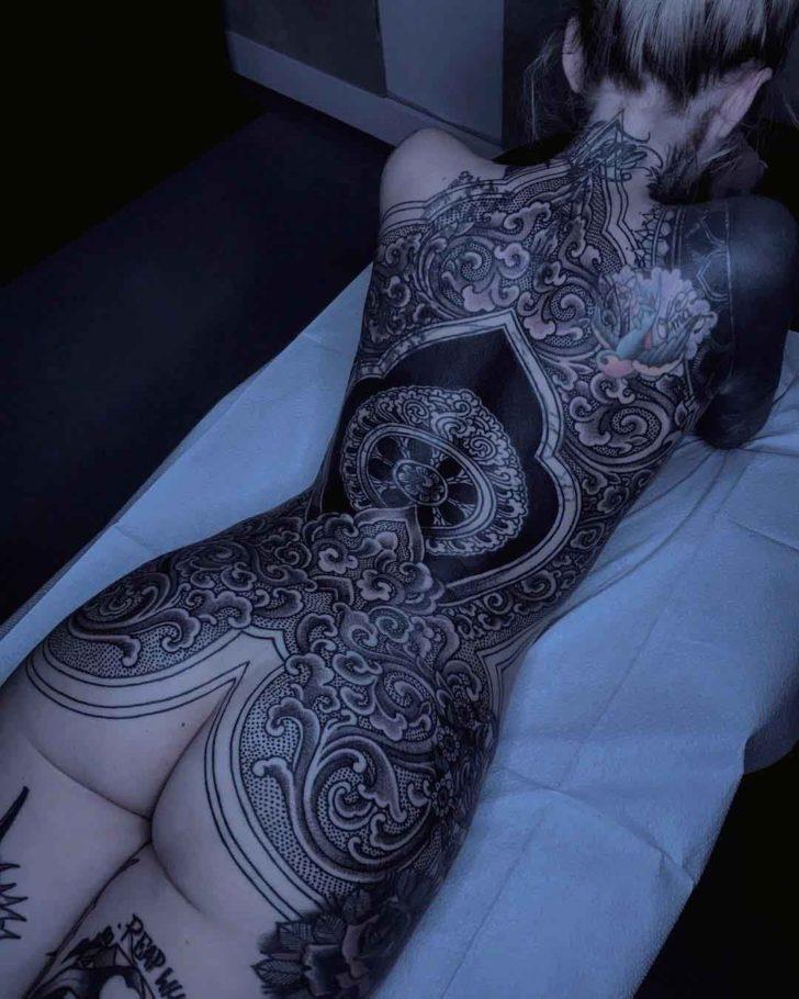 girl back tattoo eastern style