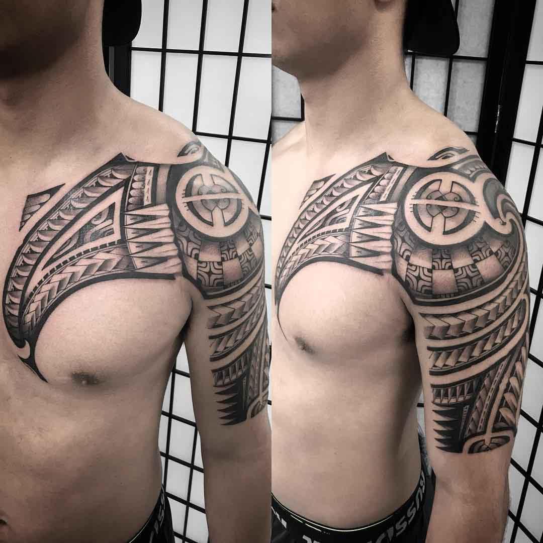 shoulder tattoo maori
