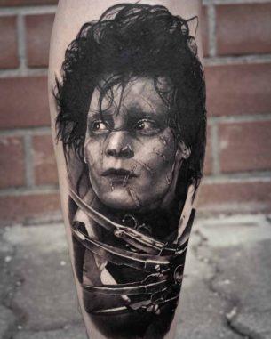 Grey Edward Scissorhands Tattoo
