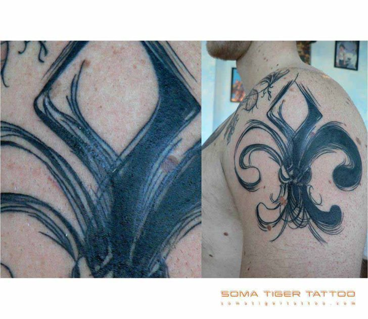 Fleur De Lis Tattoo on Shoulder