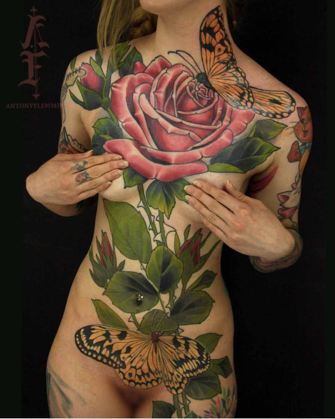 girl tattoo full body