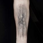 Linework Passionate Kiss Tattoo