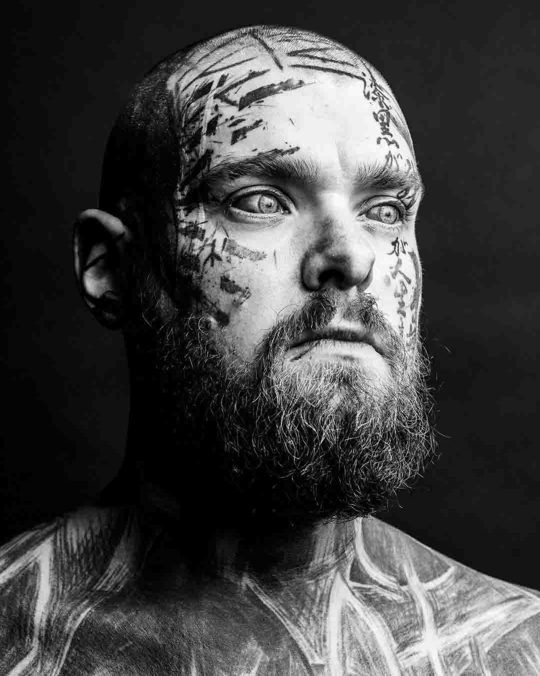 head face tattoo
